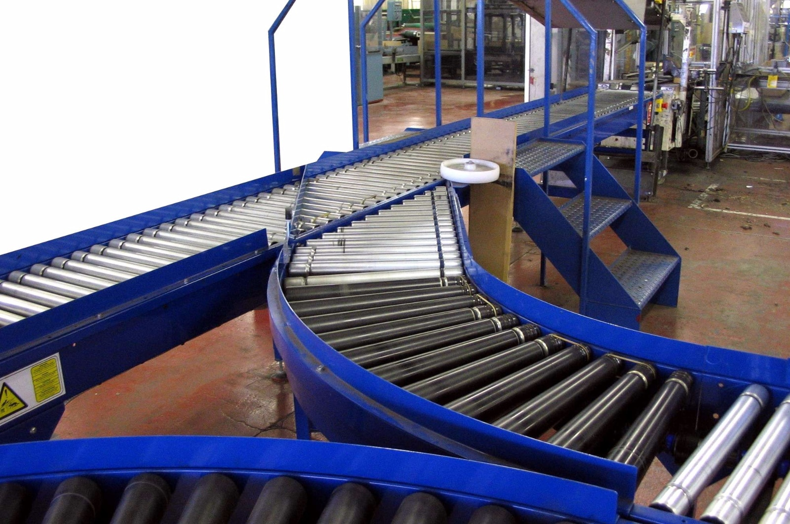 Conveyor Systems - Roller and Spiral Conveyors | LOC8 UAE